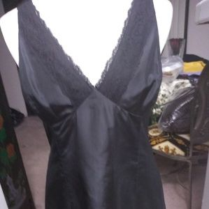 Unoriginal Teri Jon taffeta dress